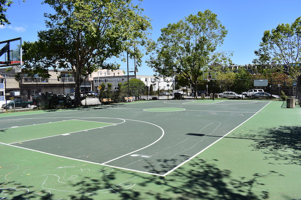 Robin Sweeny Park Basketball Court