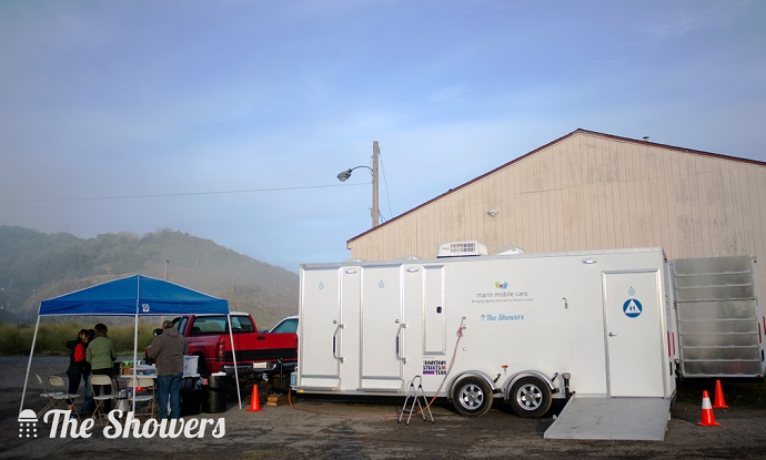Mobile Shower Trailer 690