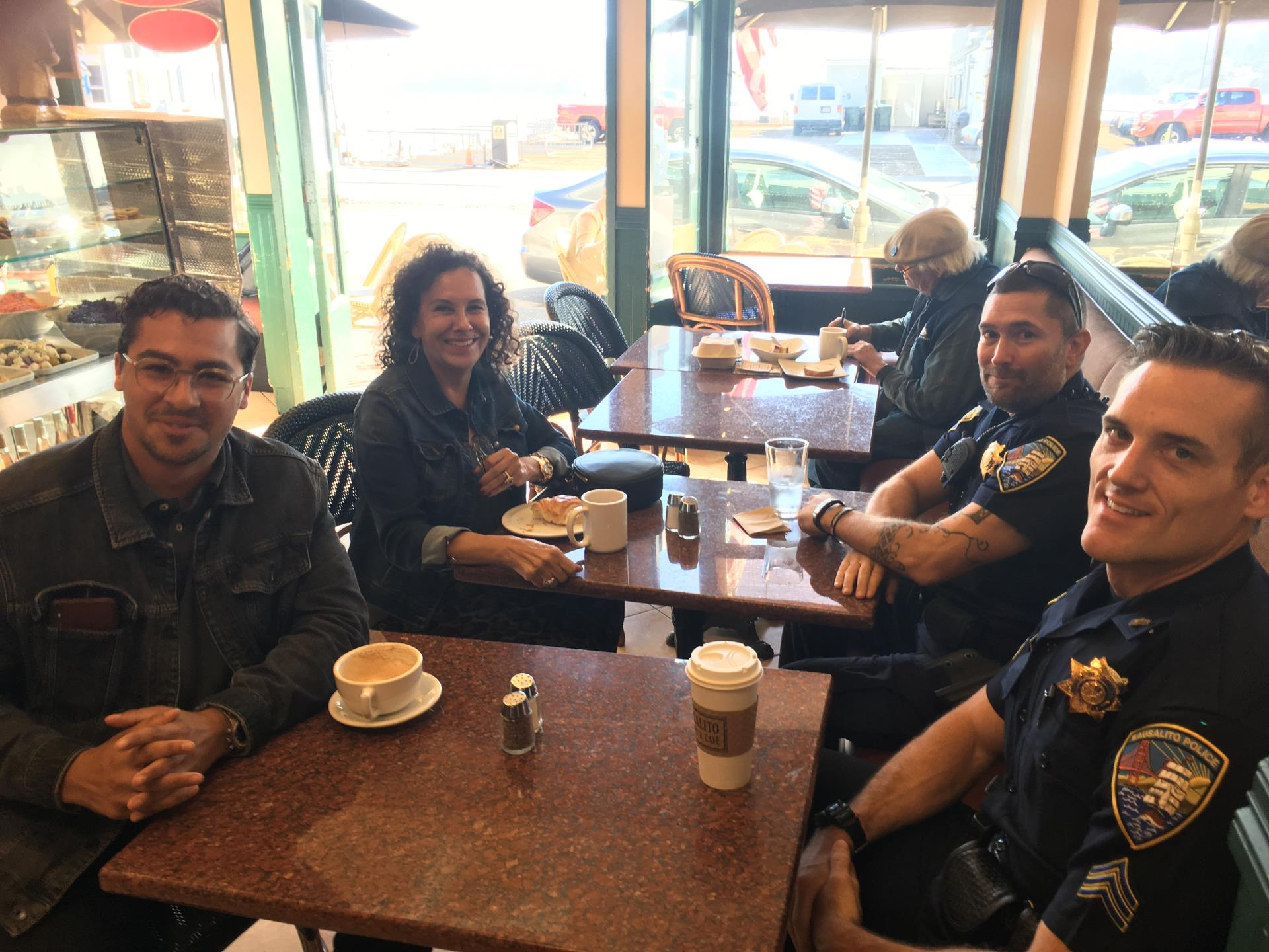 2019-10-02-coffee-with-a-cop-sausalito-bakery-01